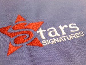 Stars Signatures embroidered logo